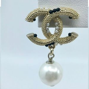 Authentic CHANEL Crystal & Pearl Drop Earrings